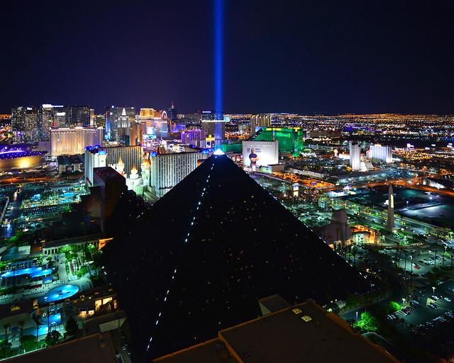 Mejores vistas de Las Vegas y el hotel Luxor, la gran pirámide, de los sitios más espectaculares que ver en la Costa Oeste