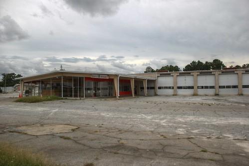 Abandoned Car Dealership Greenwood Sc Contrapunctus