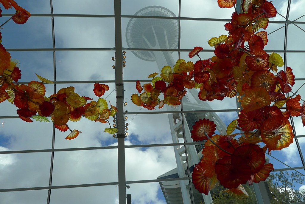 Space Needle And Chihuly Garden And Glass Eric P Flickr
