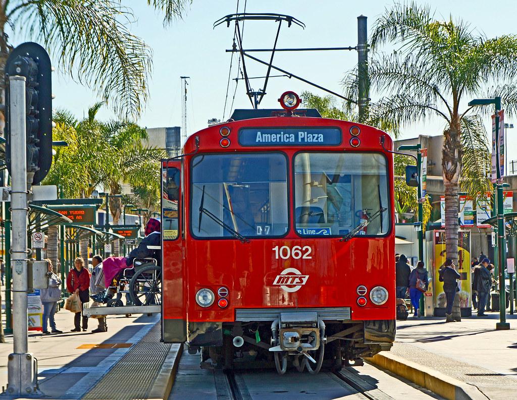 Trolleys San San Diego Trolley