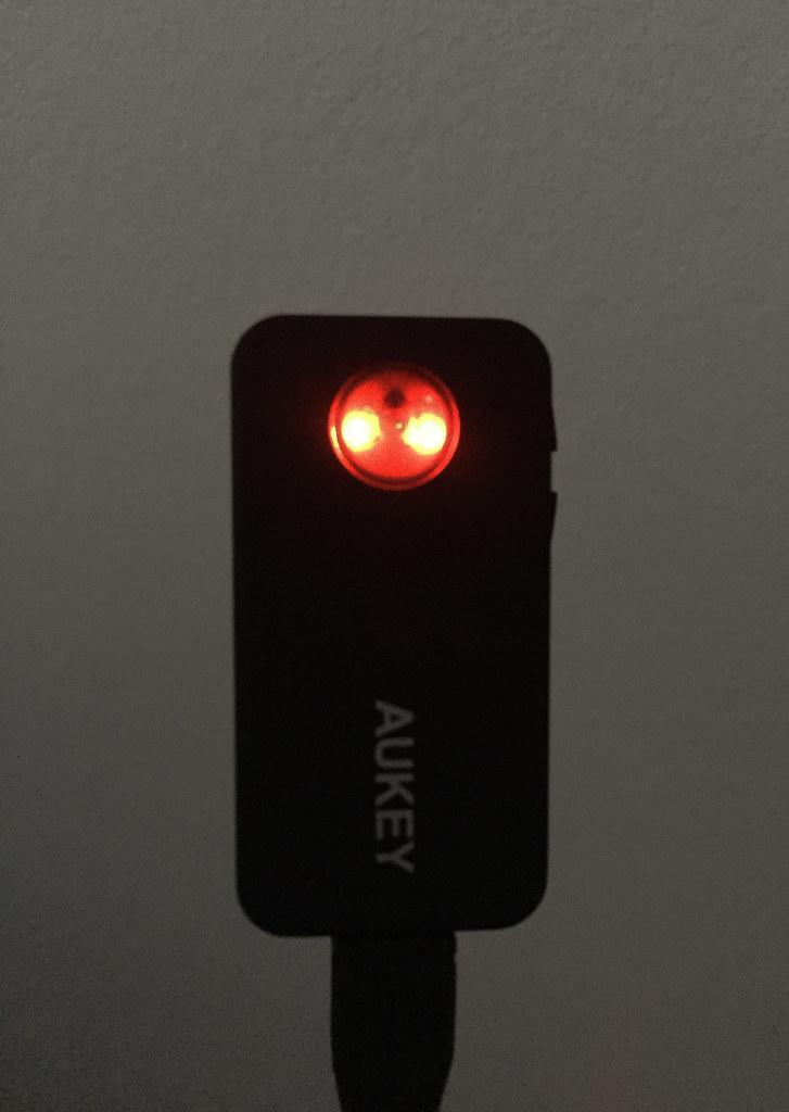 Récepteur audio bluetooth 4.1 AUKEY BR-C2 LED rouge