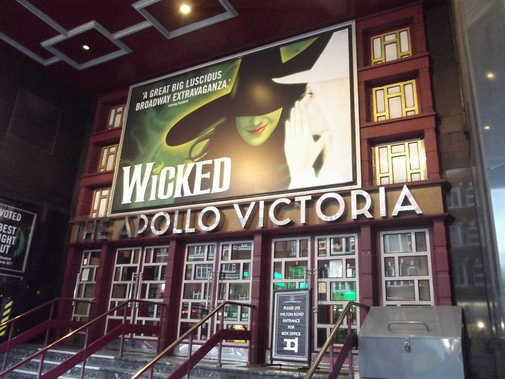 Wicked Apollo Victoria Theatre Victoria London Vaux
