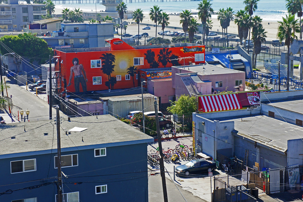 Venice Beach Mural | Jim Morrison is the theme here right ...