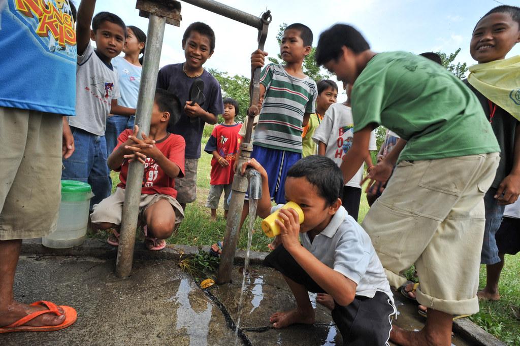 """不論是發展農業或解決鄉村貧困,都還有很多紮實的基礎工作必須確實去做,但杜特蒂做得到嗎?(圖片來源:<a href=""""https://c1.staticflickr.com/9/8185/8425390883_1033a43855_b.jpg"""">Asia Development Bank/Flickr</a>)"""