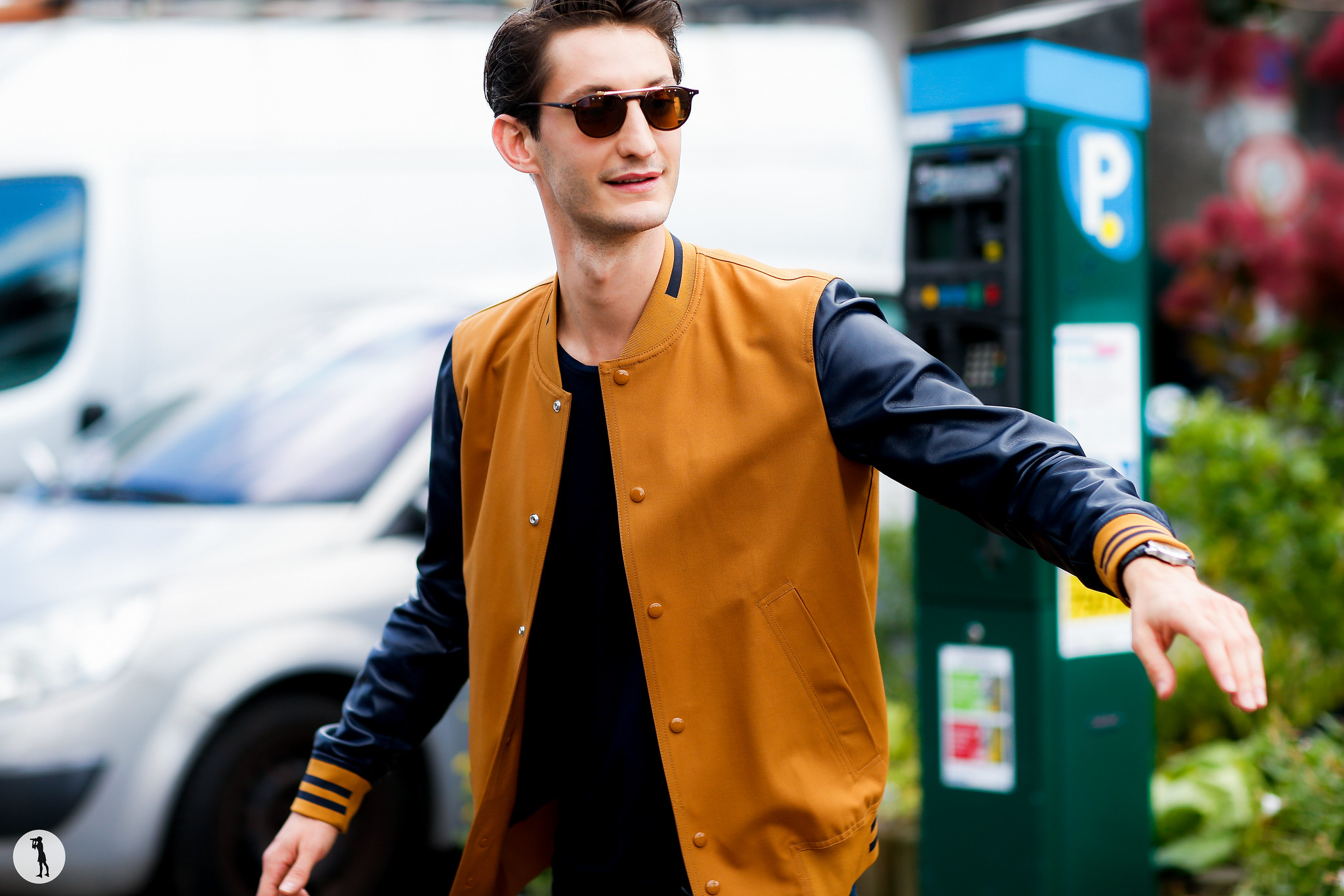 Pierre Niney - Paris Fashion Week Menswear SS17 (4)
