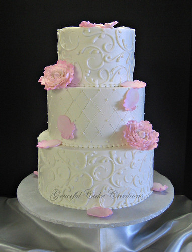 Buttercream Icing And Fondant Cake