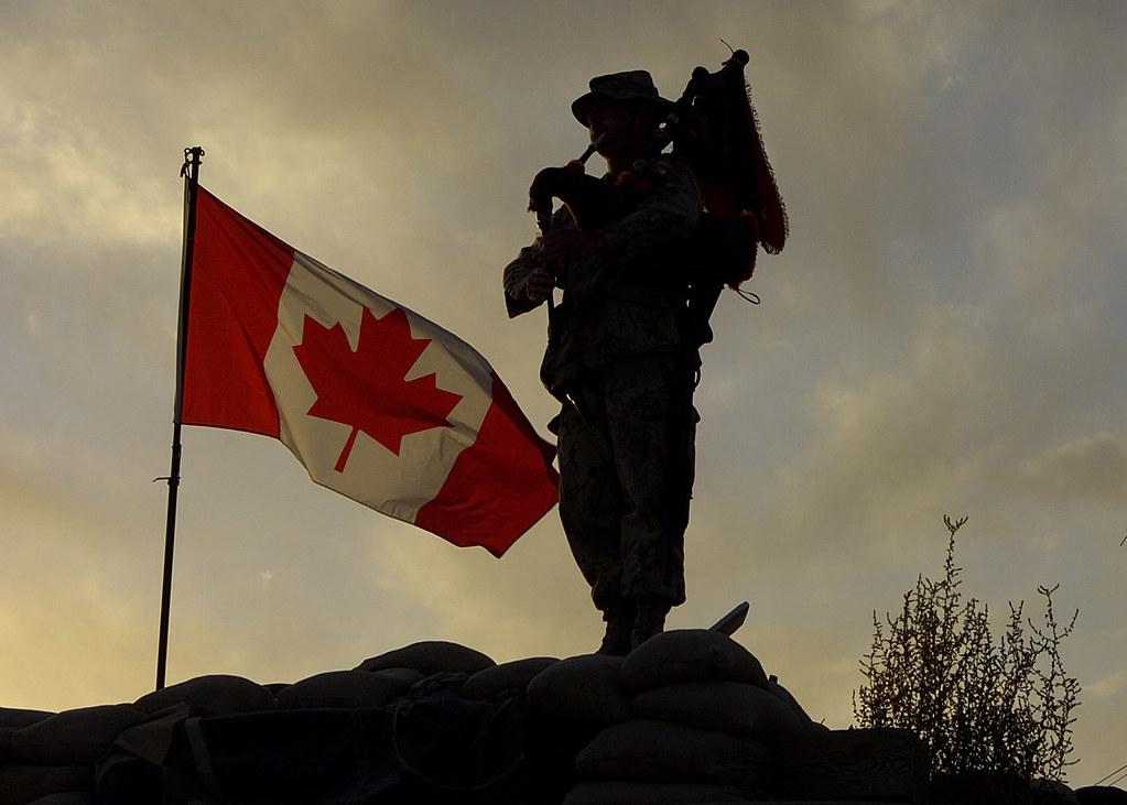 Remembrance Day / Jour du souvenir | As the sun sets ...