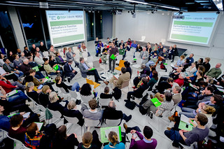 Fishbowl-Diskussion | by boellstiftung