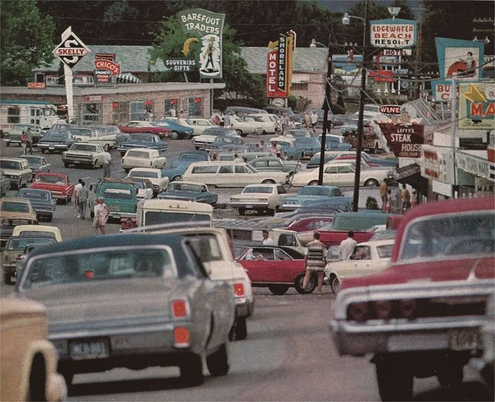 Lake Ozark, Missouri, 1960s | via Hemmings Daily – News for