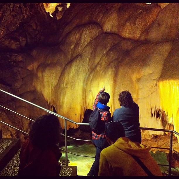 Ahora, en la gruta de las maravillas en Aracena. Muy amabl…  Flickr