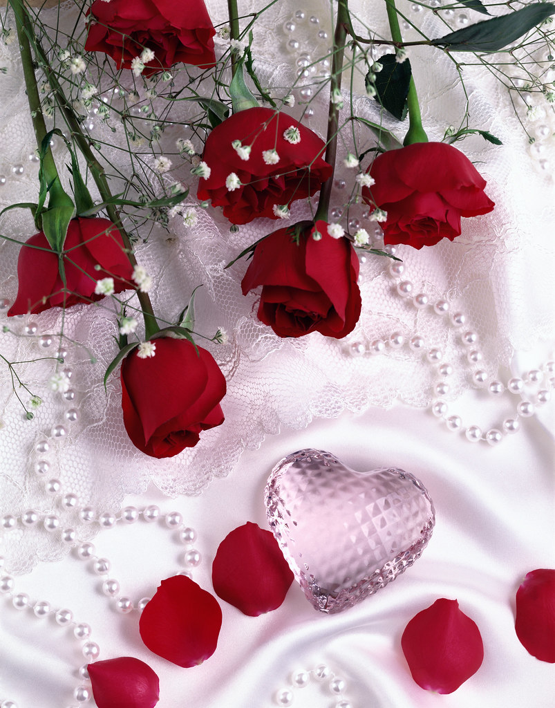 Valentine's Day jewelry and roses | State Farm® urges ...