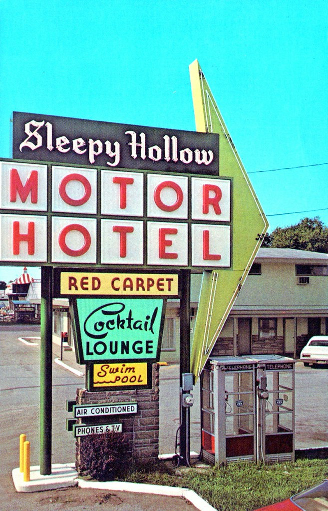 Sleepy Hollow Motor Hotel - Elkhart, Indiana