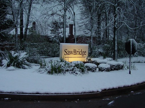 North Entrance to Sawbridge | by dismithjr