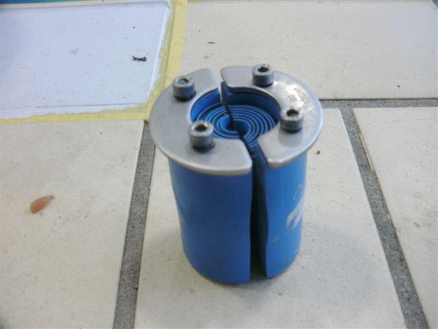 Waterdichte kabel doorvoer geplaatst door awdiving   Flickr