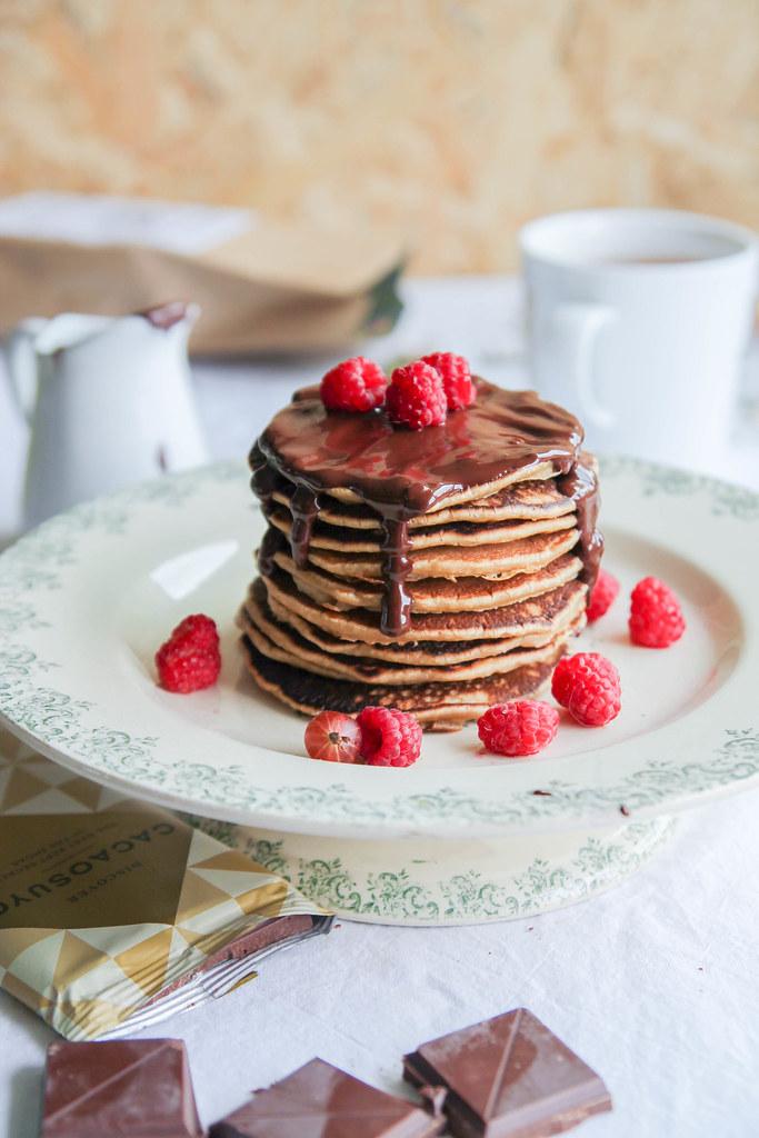 pancakes sauce chocolat framboise