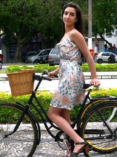 Cycle Chic - Centro Vix 68 | by Dora Doríssima
