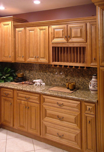 Mocha kitchen cabinets we ship out hundreds of mocha - Lily ann cabinets ...