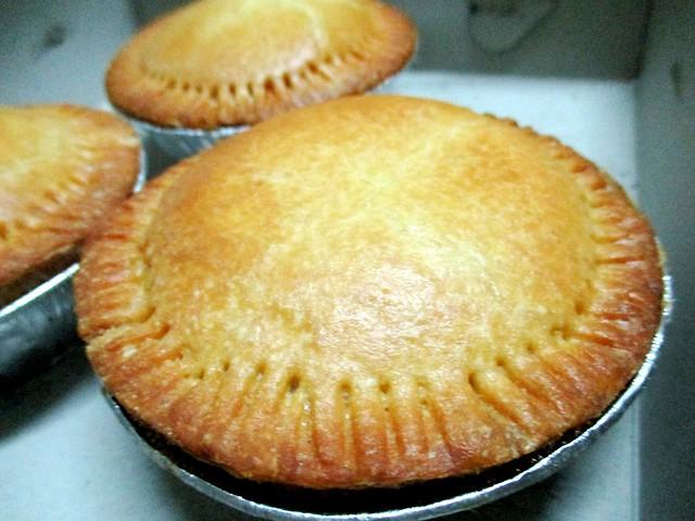 Aloha Bakery beef pie