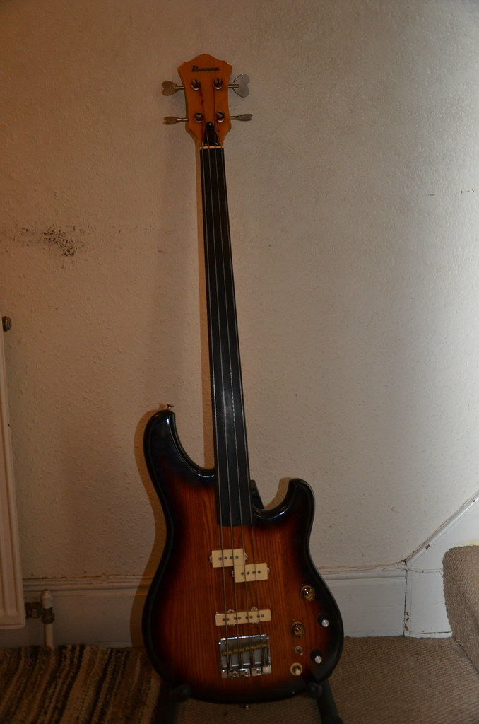 1981 ibanez rs 940 fretless bass andy powell flickr. Black Bedroom Furniture Sets. Home Design Ideas