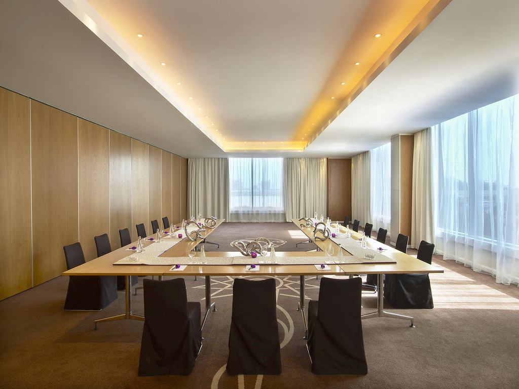 w doha hotel & residences—meeting room - u-shape setup | flickr