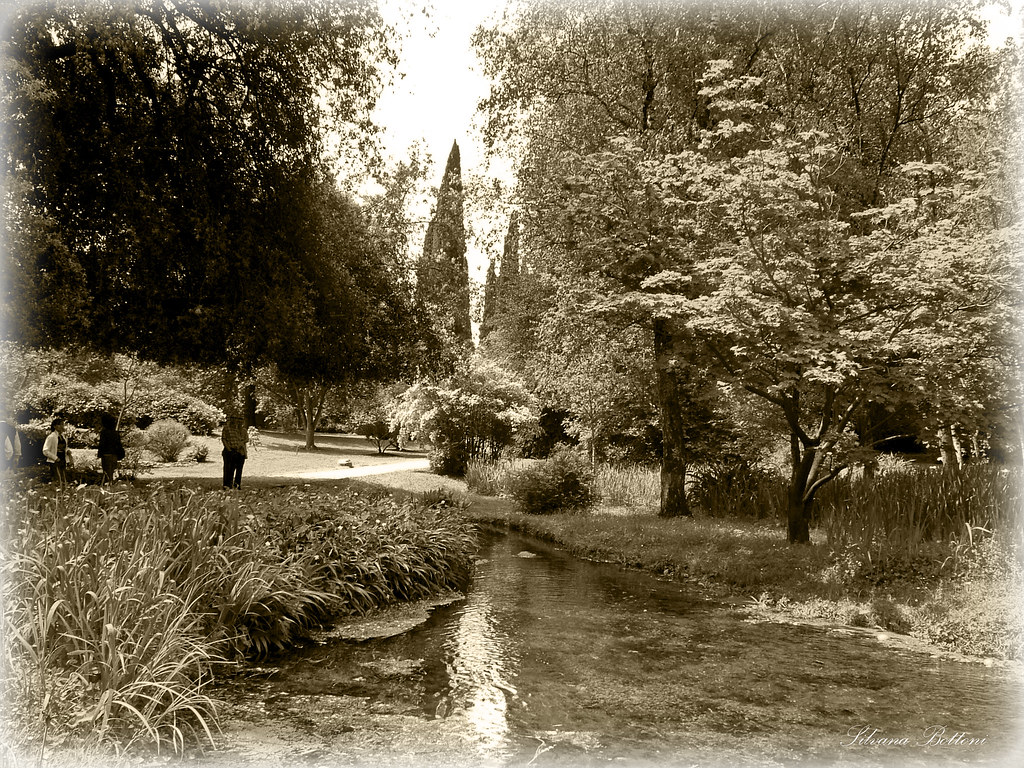 Giardini Di Ninfa Il Giardino Di Ninfa Custodisce Le