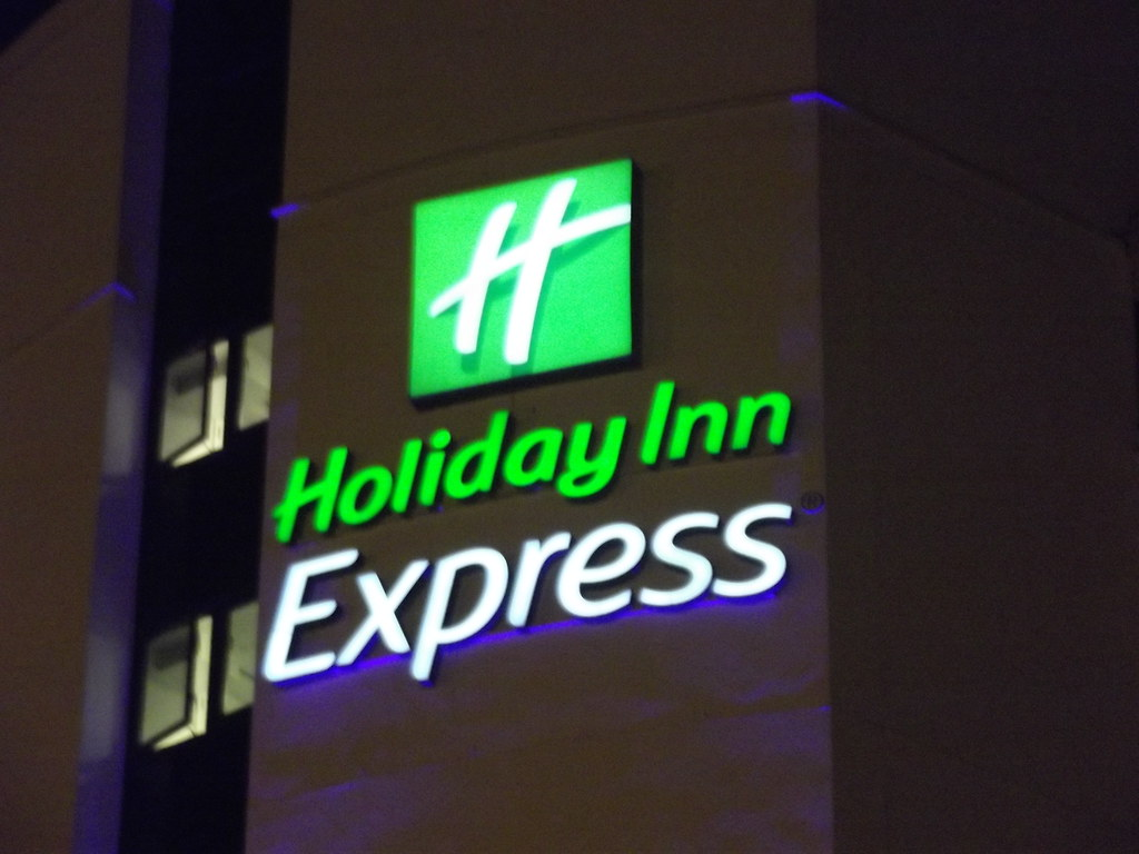 Holiday Inn Express Holland Mi Bed Bugs