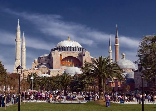 Ayasofya Mosque (Hagia Sophia Museum)  5D2 + Tokina 16 ...