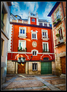 Calle del Rollo y Plaza de San Javier, Madrid | by Guillermo R.