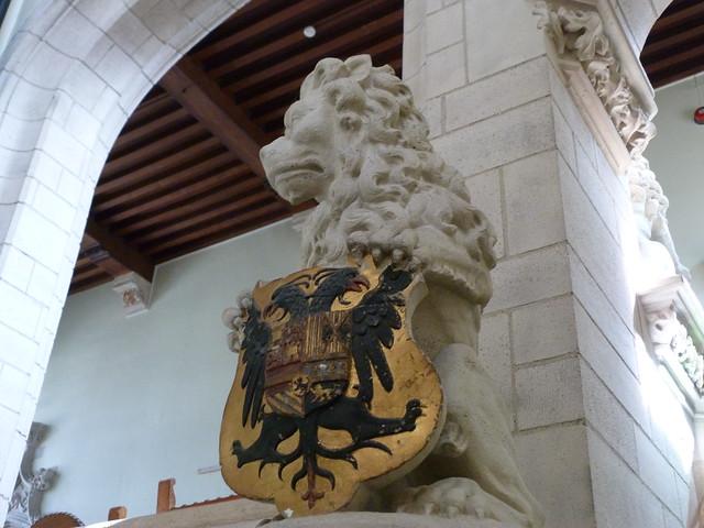 Escudo de Carlos V en Malinas (Flandes)