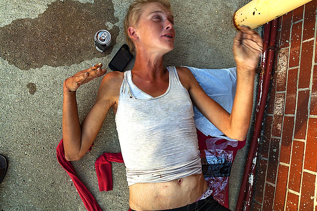 Amanda needing heroin--Camden