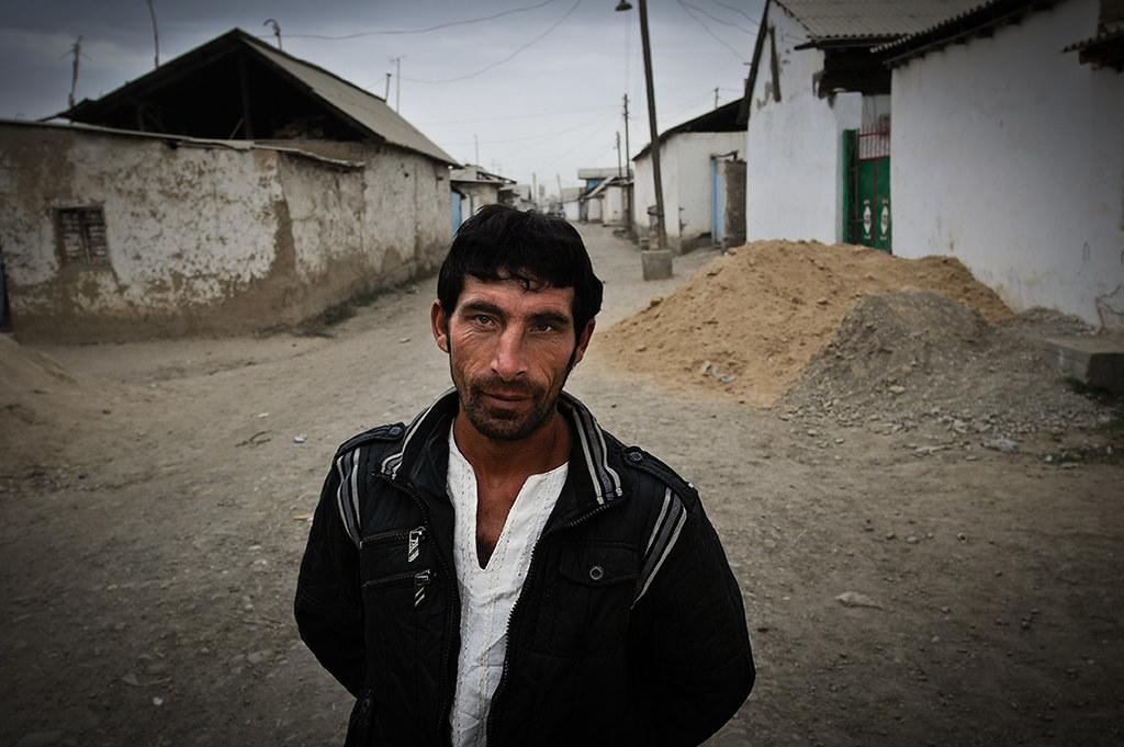 Gypsy Man | Osh, Kyrgyzstan -- www.leonidfotos.com and www ...