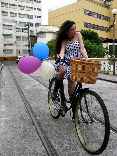 Cycle Chic - Centro Vix 46 | by Dora Doríssima
