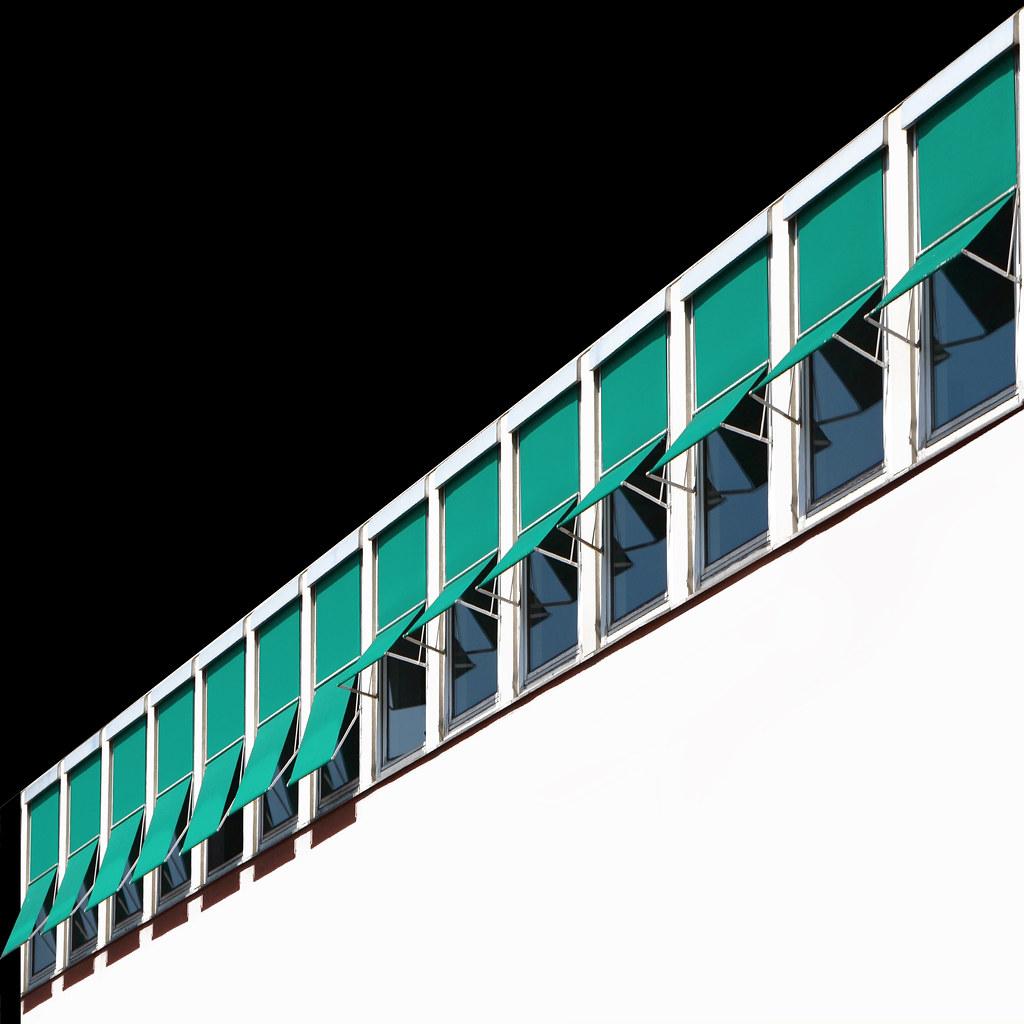 7 finestre semi aperte 7 finestre semi chiuse maria luisa flickr - Finestre condominiali aperte o chiuse ...