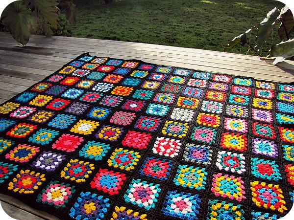 Black Edged Retro Granny Square Blanket Www Paisleyjade