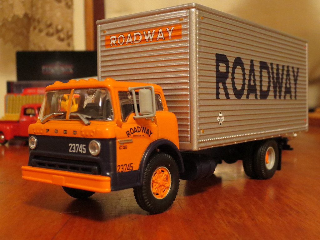 The New Ford Trucks >> 1:50 Ford C-Series by Athearn | Michael | Flickr