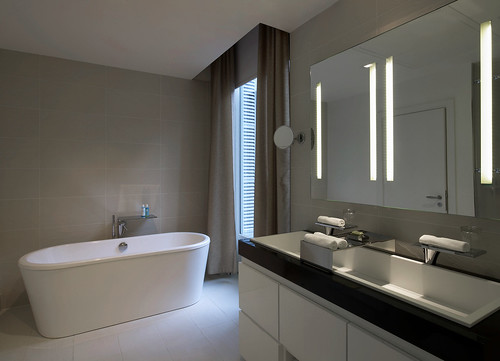 W paris opera fabulous suite bathroom fabulous suite for Accessoires salle de bain paris 14