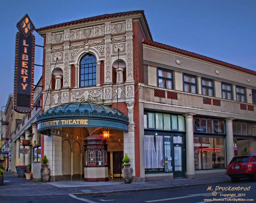 The Liberty Theater In Downtown Astoria Oregon This
