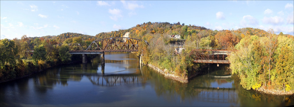 Kentucky River Panorama Frankfort This View Facing