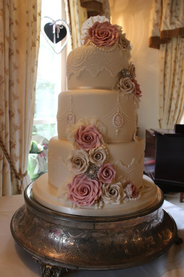 wedding cake grimsby dusky kc wedding cakes grimsby lincolnshire for 22784