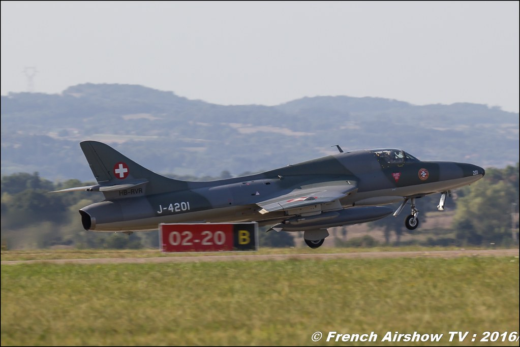 Amici dell'Hunter , Hunter , Hawker Hunter HB-RVR ,22 ème meeting aérien international de Roanne , Meeting Aerien Roanne 2016, Meeting Aerien Roanne , ICAR Manifestations , meeting aerien roanne 2016 , , Meeting Aerien 2016 , Canon Reflex , EOS System