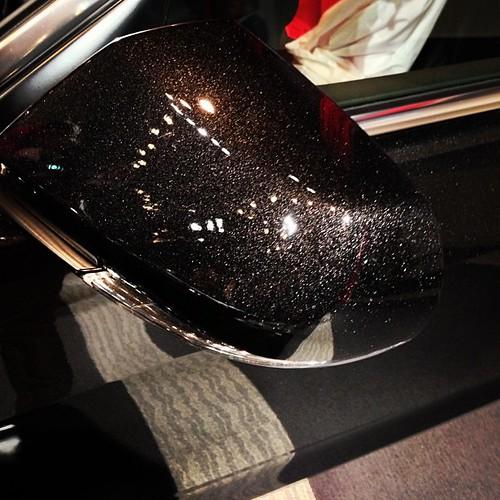 Cadillac Atsの特別塗装色のブラック ダイヤモンドが凄いsemaかオートサロンのショーカー並w。市販車でこ