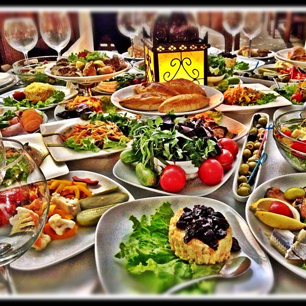 Azari food azari food baku azerbaijan azarifood deli for Azeri cuisine caledonian road