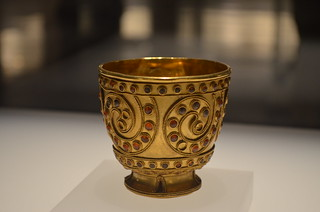 ancient wine gold glass | by Luciana Braz - WineTalkGroup
