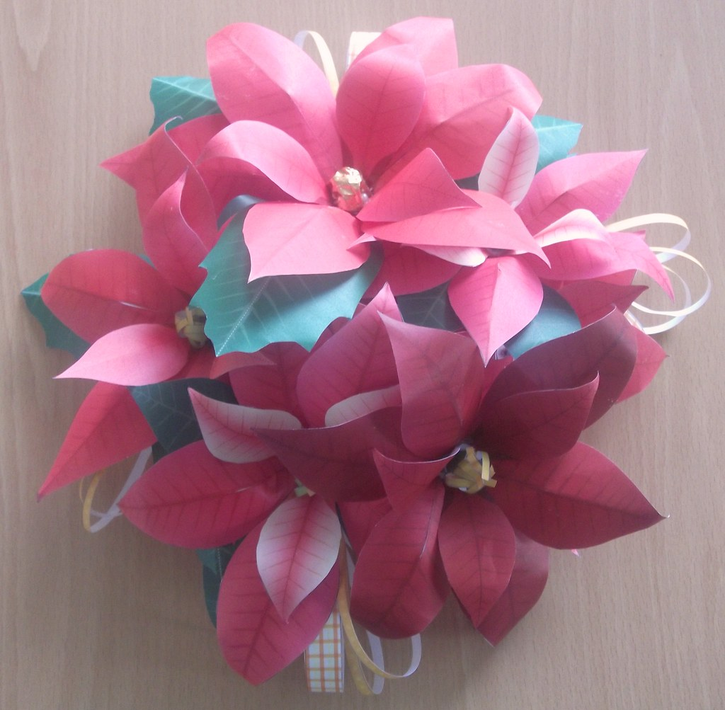 Poinsettia Cut Out Paper Flower Table Decoration By My Mor Flickr