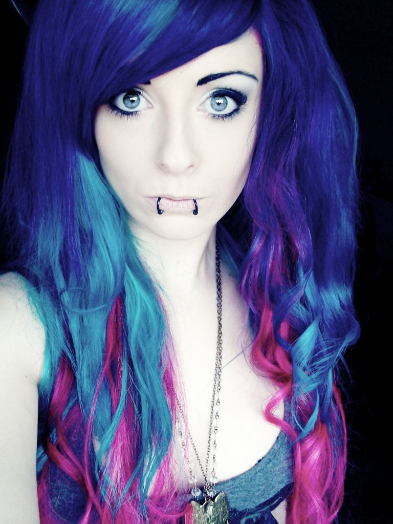 bibi barbaric blue turquoise pink curly long hair style