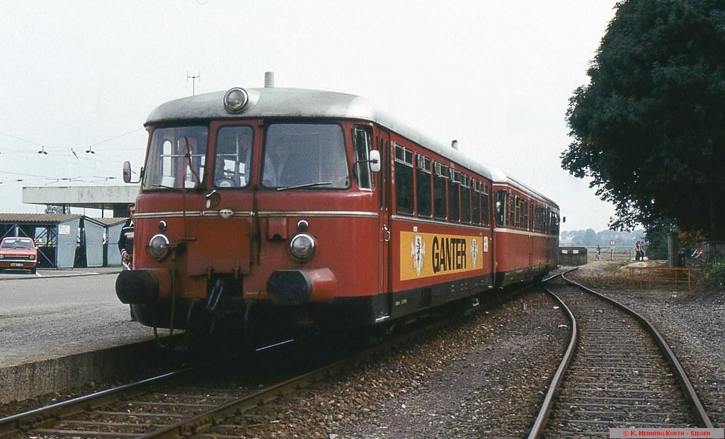 VT 26 und VS 235 der SWEG in Riegel DB 06.10.1980 Copyrigh