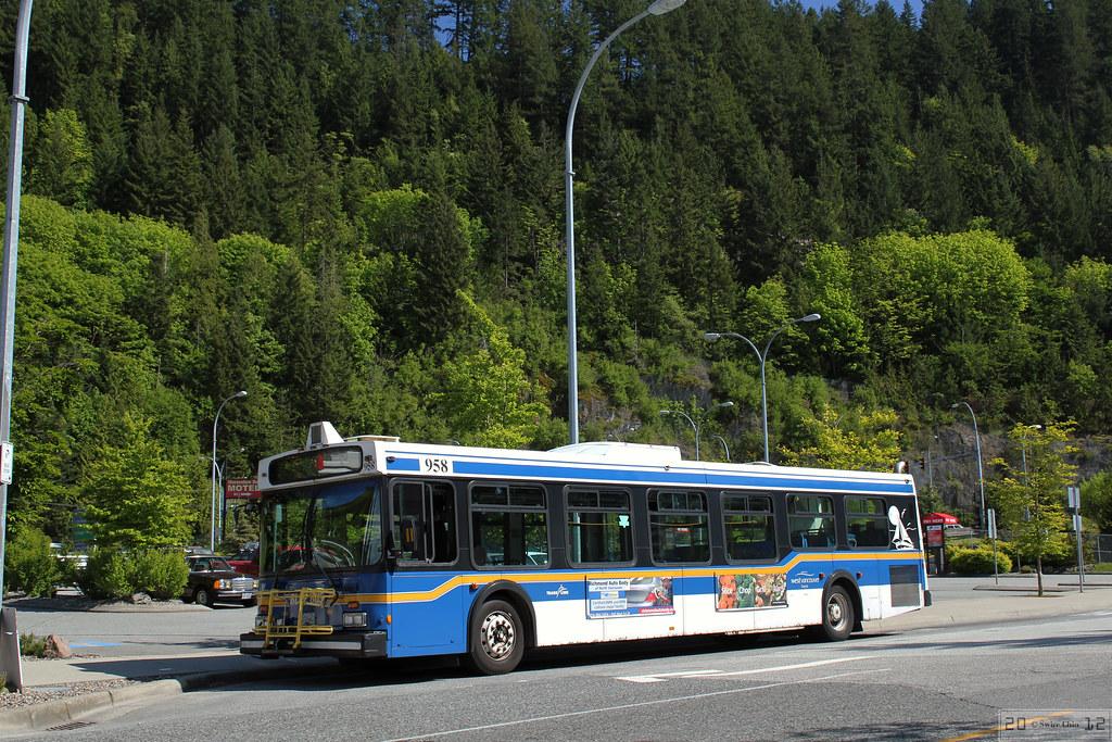 trans link west vancouver blue bus