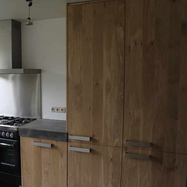Eiken Keuken Met Betonnen Blad : Massief eiken houten keuken met ikea keuken kasten door