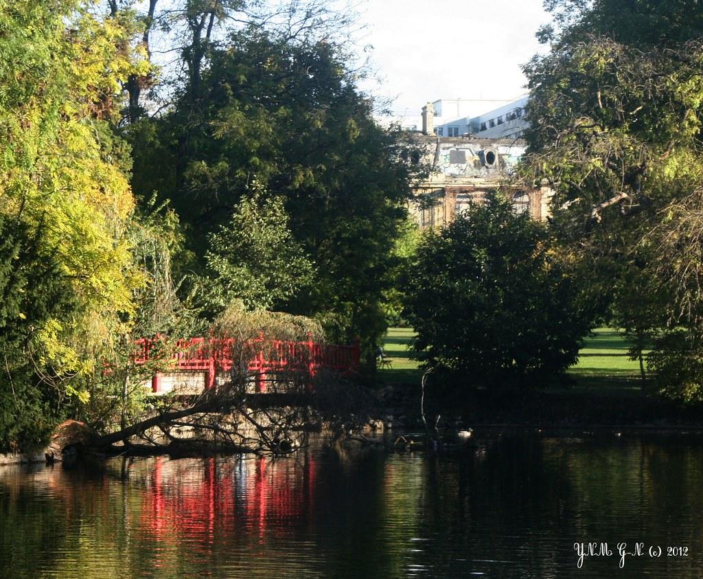 Parc edmond de rothschild ch teau en ruine tang jar flickr - Stephane sauvage jardin boulogne billancourt ...