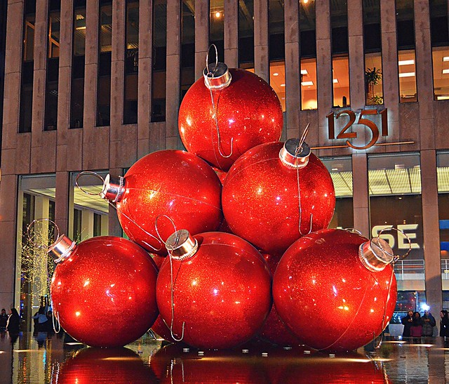 Christmas decorations in the city of new york flickr for When does new york start decorating for christmas